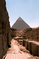 Sphinx with Khafre Pyramid-3